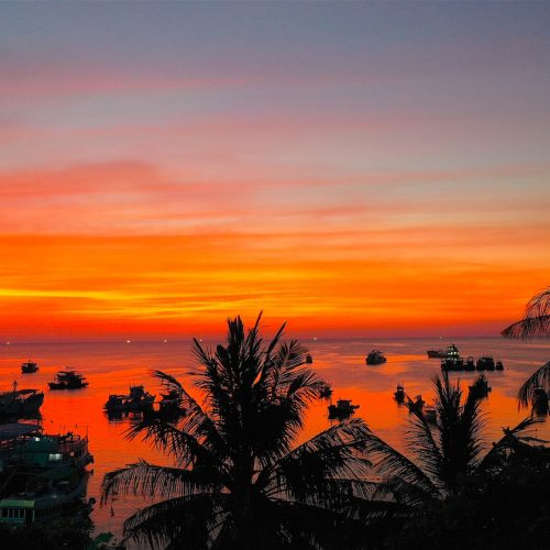 breezekohtao.com-sunsets-on-the-beach